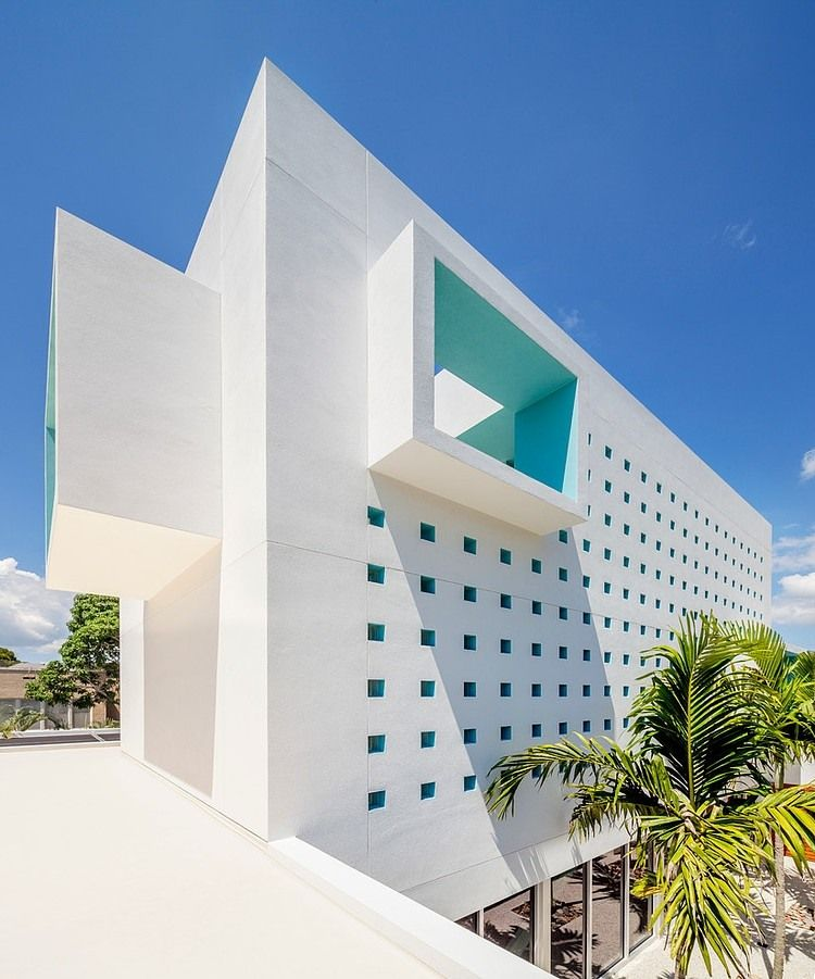 Maison contemporaine en Floride crée par Guy Peterson Architecture