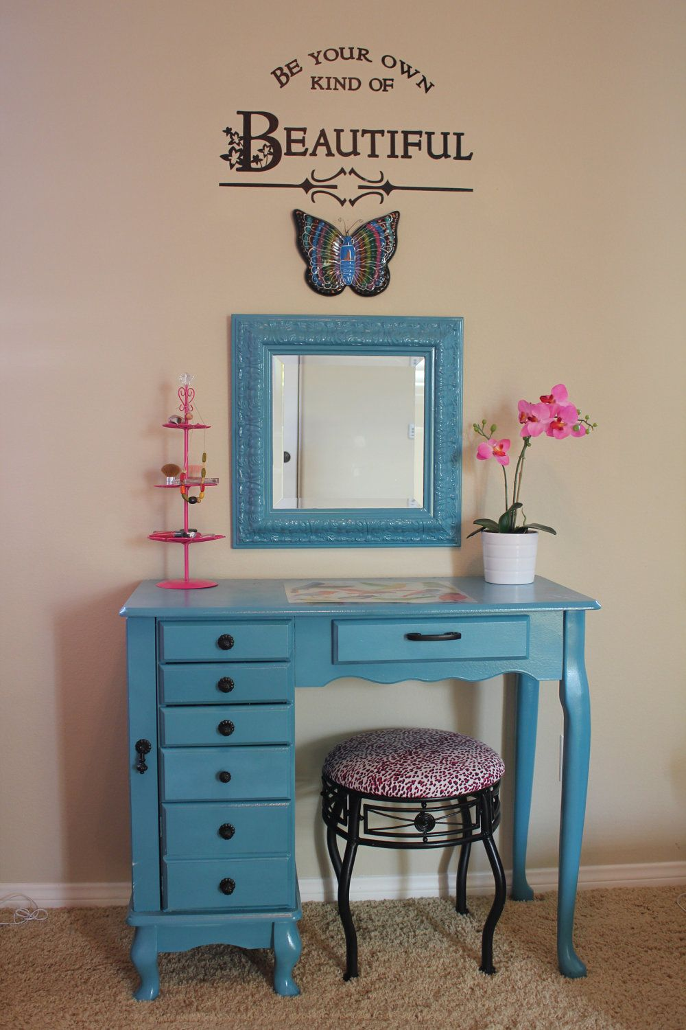 vanity/desk...cute for Ava's room Girls vanity, Diy
