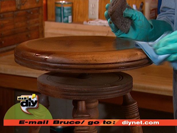 How to Remove Old Paint and Varnish : How-To : DIY Network
