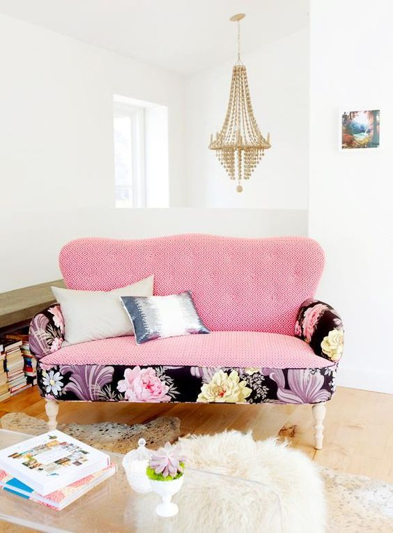 What a stylish sofa. Love the floral accents around the border and ...