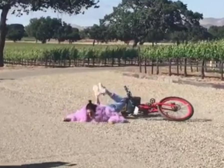 La caída en bicicleta más viral de Instagram