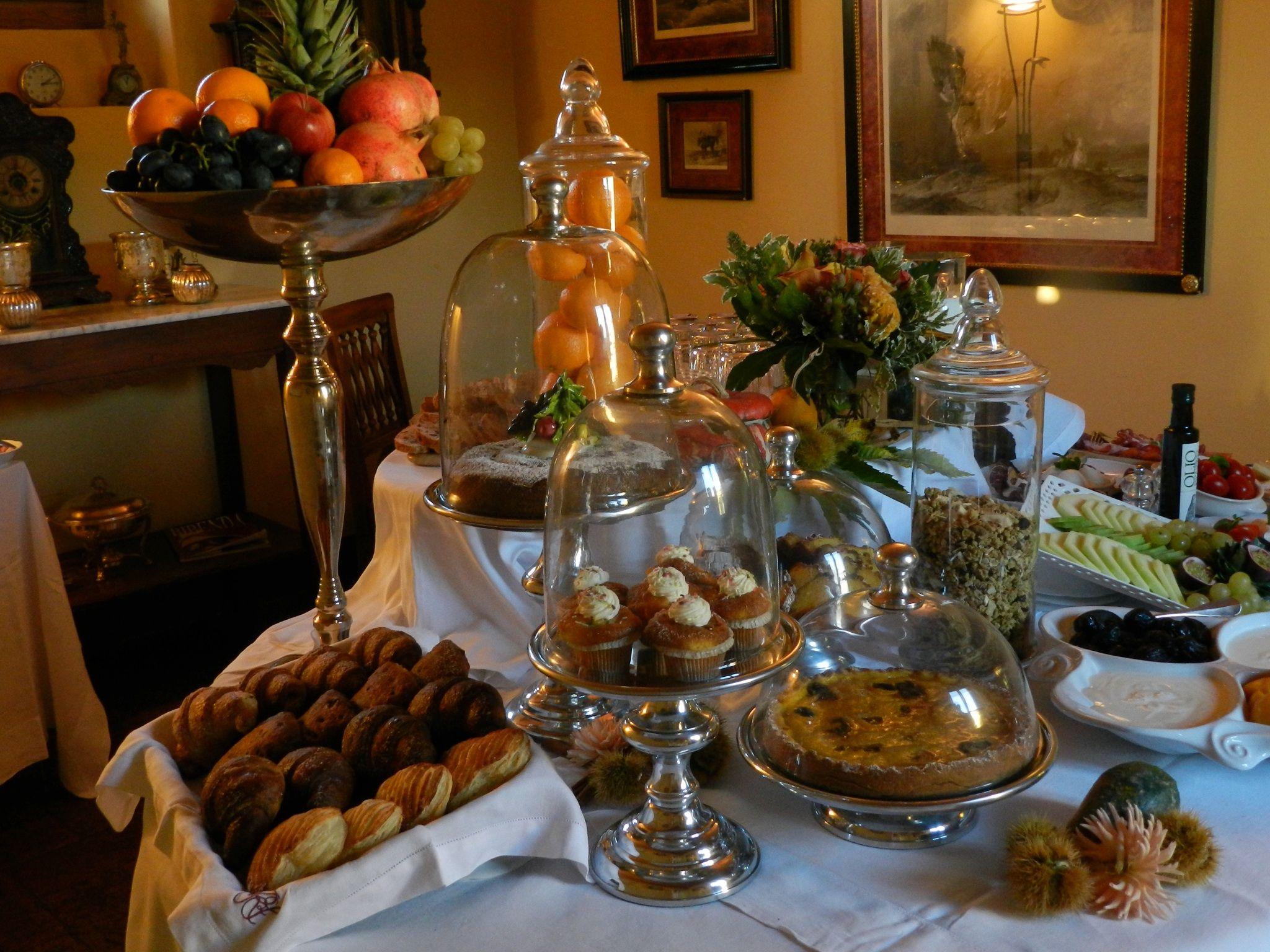Buffet Breakfast A Sweet Awake Up Tuscany Hotel Vacation Countryside