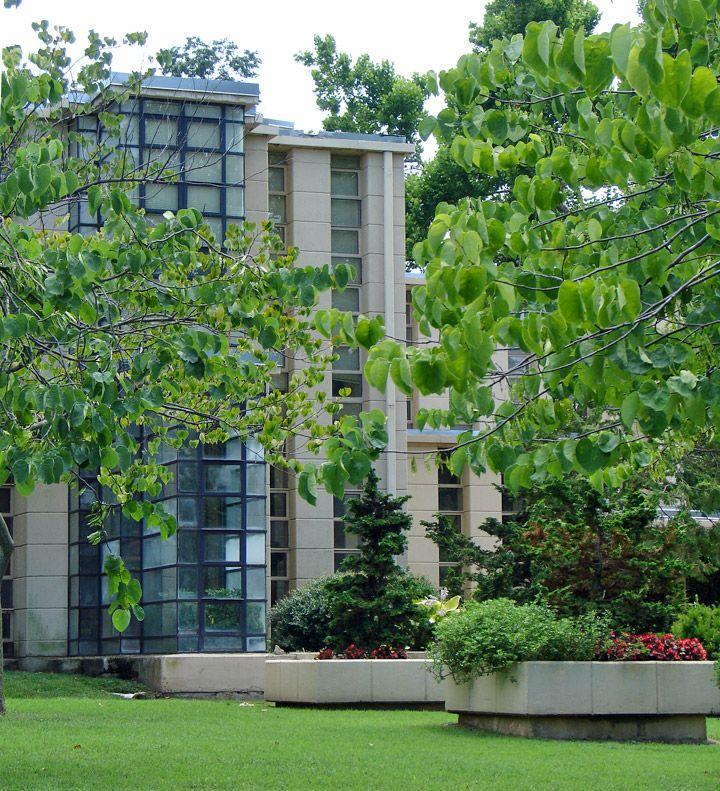 Westhope A Frank Lloyd Wright Designed Residence Tulsa Oklahoma