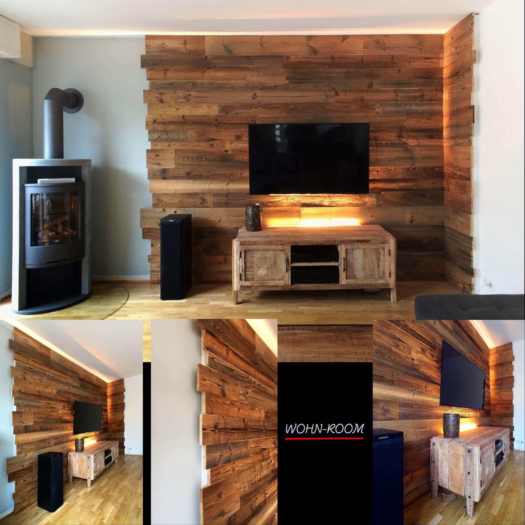 Unser Scheunenholz Fur Eine Tv Wand Scheunenholz Tv Wand Holz Wandverkleidung Holz