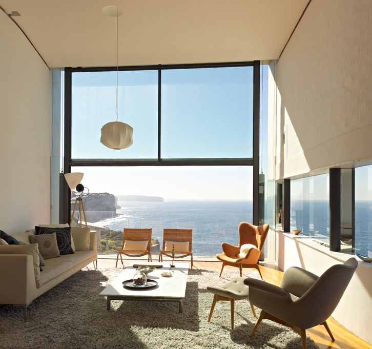 Photos of the holman house a modern and dramatic home by durbach block jaggers the award winning house is perched upon a 70 meter cliff over the ocean