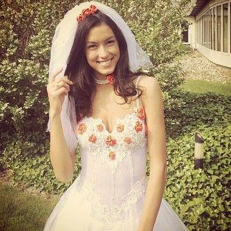 Rebecca Mir Hochzeit Mit Massimo Sinato Brautkleid Armellos Hochzeit Braut