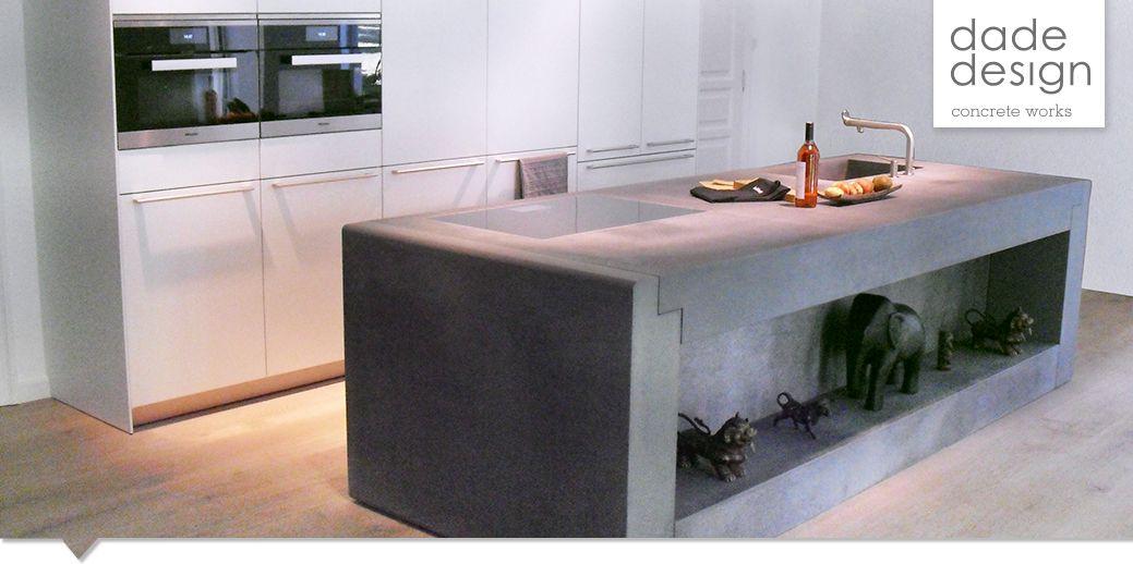 massive betonküche in anthrazit von www.dade-design projekt