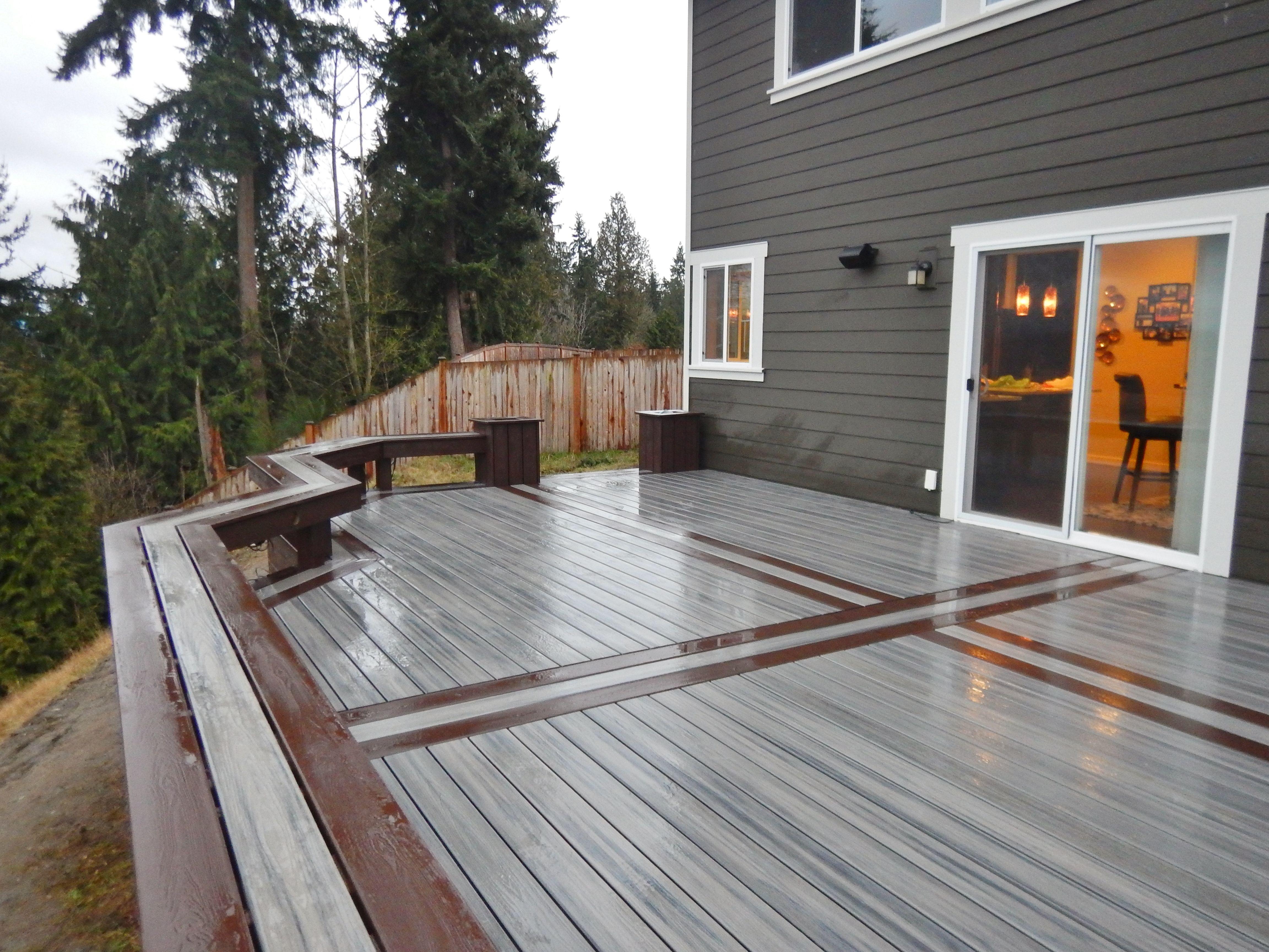 Trex Transcends Island Mist With A Vintage Lantern Border Patio Deck Designs Small Backyard Decks Trex Deck