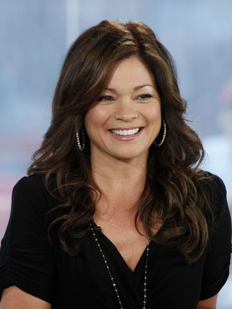 Valerie Bertinelli With Images Valerie Bertinelli Favorite Hairstyles Actresses