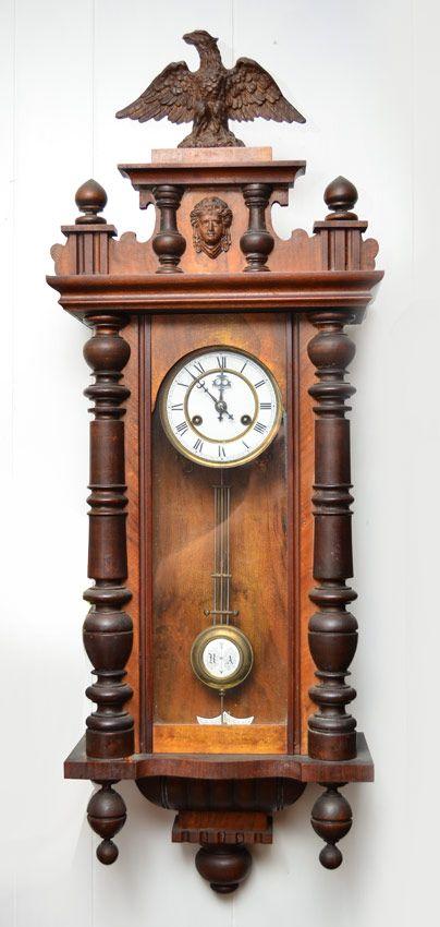 Kienzle Walnut Vienna Regulator Clock Hangklokken type regulator