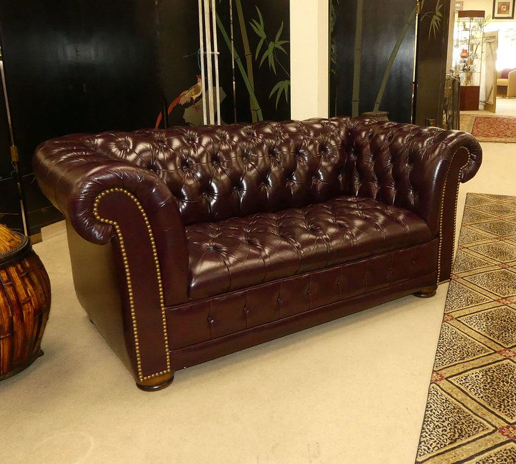 Best Burgundy Tufted Leather Chesterfield Loveseat Sofa By The 400 x 300