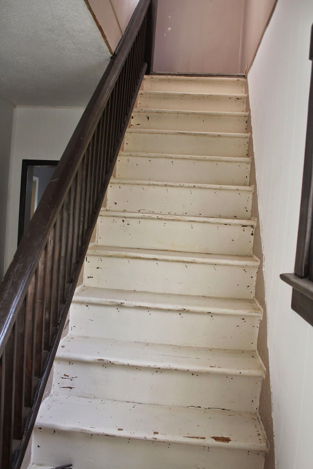 Best Stripping And Sanding Painted Stairs With Images 400 x 300