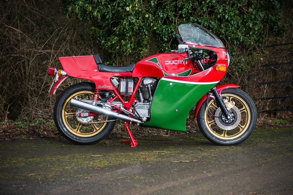 Ducati Mike Hailwood Replica