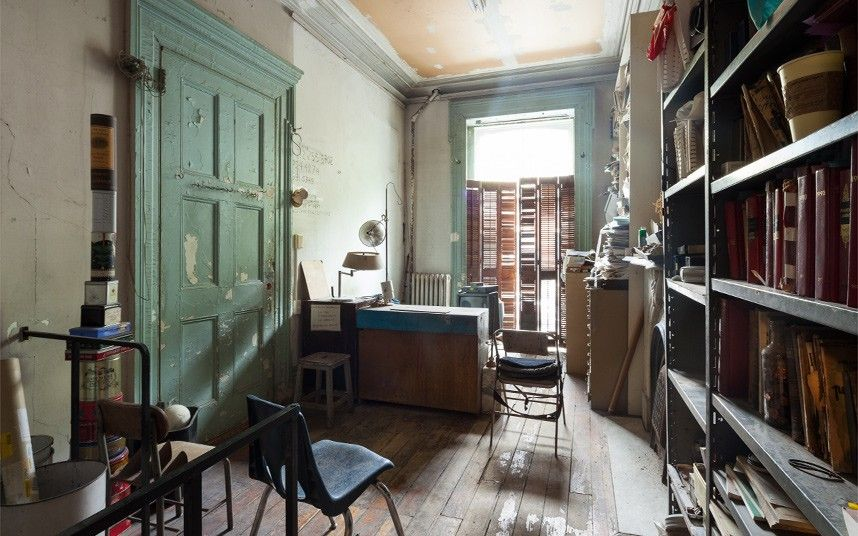 Inside artist louise bourgeois new york home louise bourgeois