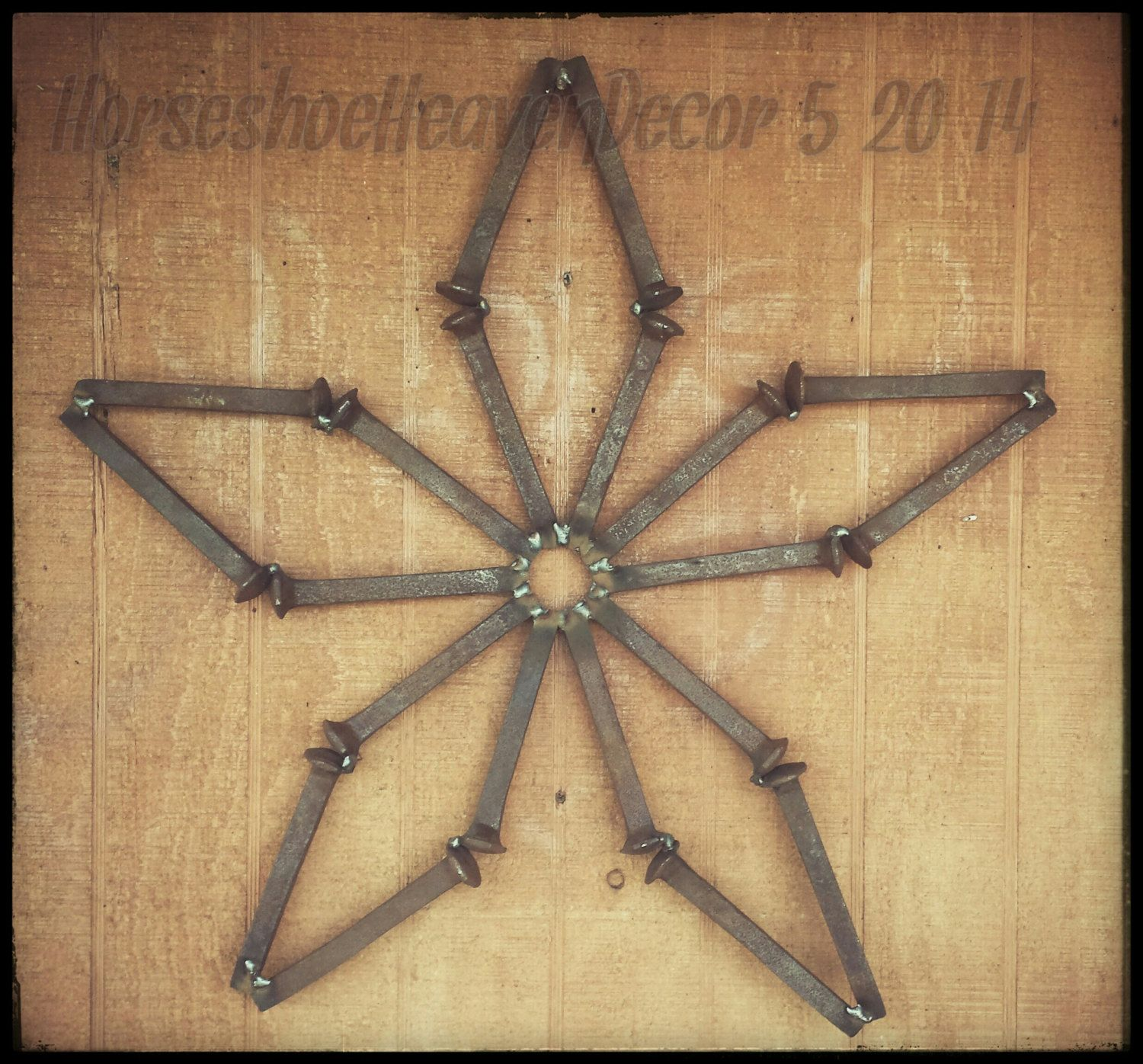 Sunflower is made from railroad spikes pesquisa google for Craft welding ideas