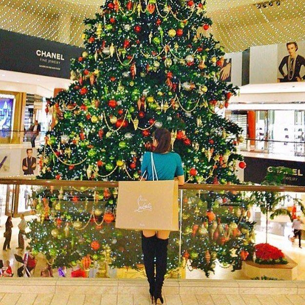 merry christmas eve were officially in the last stretch before the malls close for the big day happy shopping orangecounty southcoastplaza via - What Time Does The Mall Close On Christmas Eve
