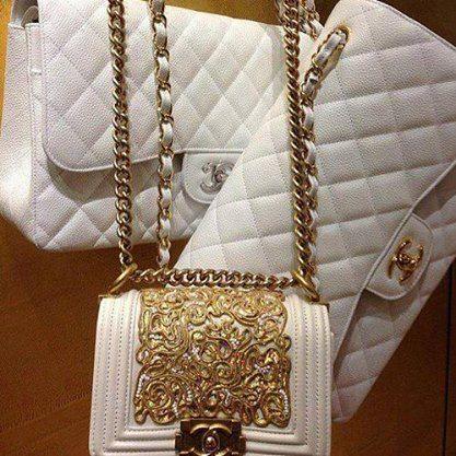 Beyaz Renkli Bayan Son Moda Canta Modelleri Chanel Chanel Cantalar Canta