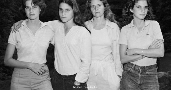 These 4 Sisters Took A New Photo Every 5 Years For 40 Years. The Result Is Amazing!