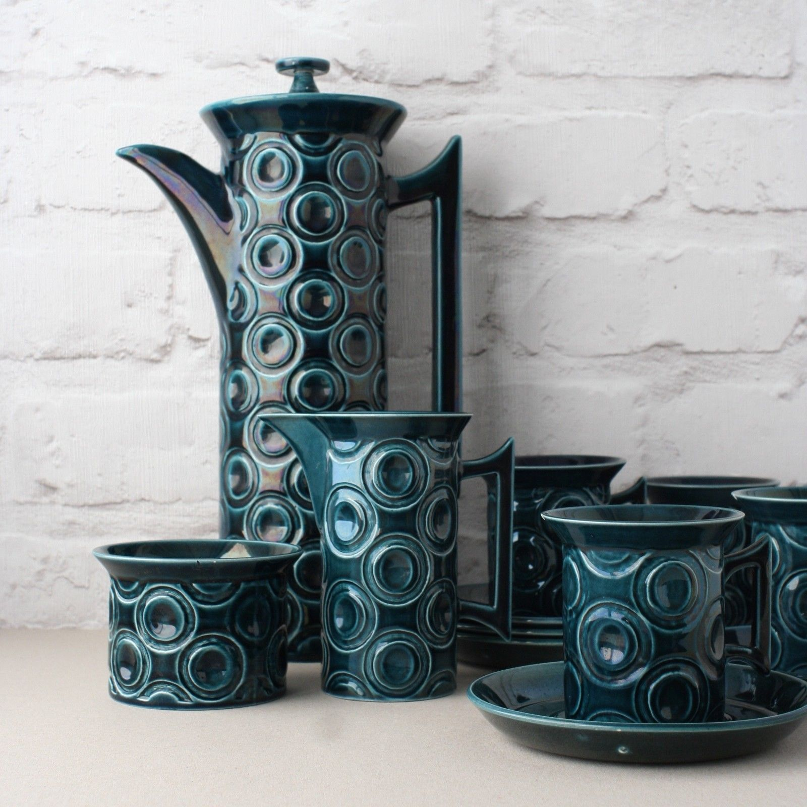 Produced In 1964 The Jupiter Range Was Designed For The New Serif Shape Of Pottery By Susan Williams Elli Portmeirion Pottery Coffee Set Mid Century Pottery