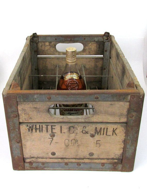 1945 White I C Milk Co Wood Milk Crate By Creeklifetreasures Vintage Wood Crates Milk Crates Wood Crates
