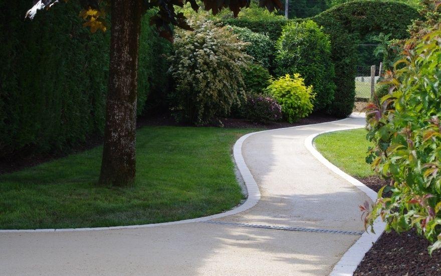 Projet d\u0027aménagement d\u0027allée piétonne en béton désactivé Driveway - Dalle Pour Parking Exterieur