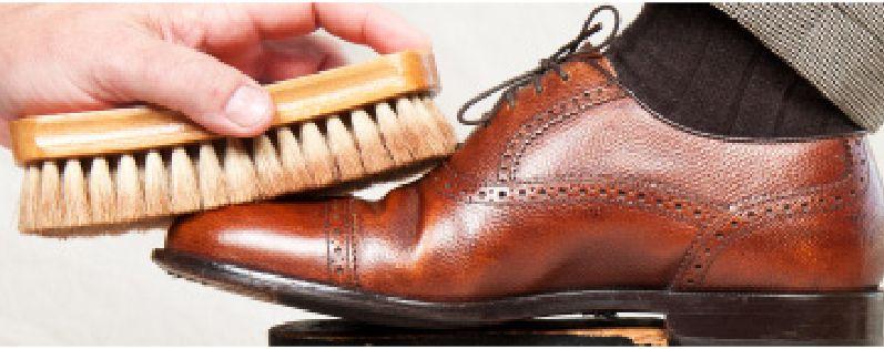 Los mejores #consejos para limpiar tus #zapatos están en nuestro post de esta semana. http://calzadorodriguez.com/es/blog/trucos/75-cuida-tu-calzado-consejos-para-conservar-los-zapatos-como-nuevos.html Sigue nuestras indicaciones y presume de #calzado