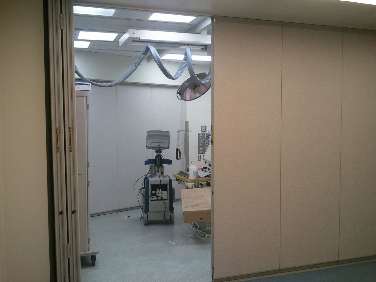 See our Sloan Kettering installation in NYC. We used a Modernfold 932 movable wall with & See our Sloan Kettering installation in NYC. We used a Modernfold ... pezcame.com