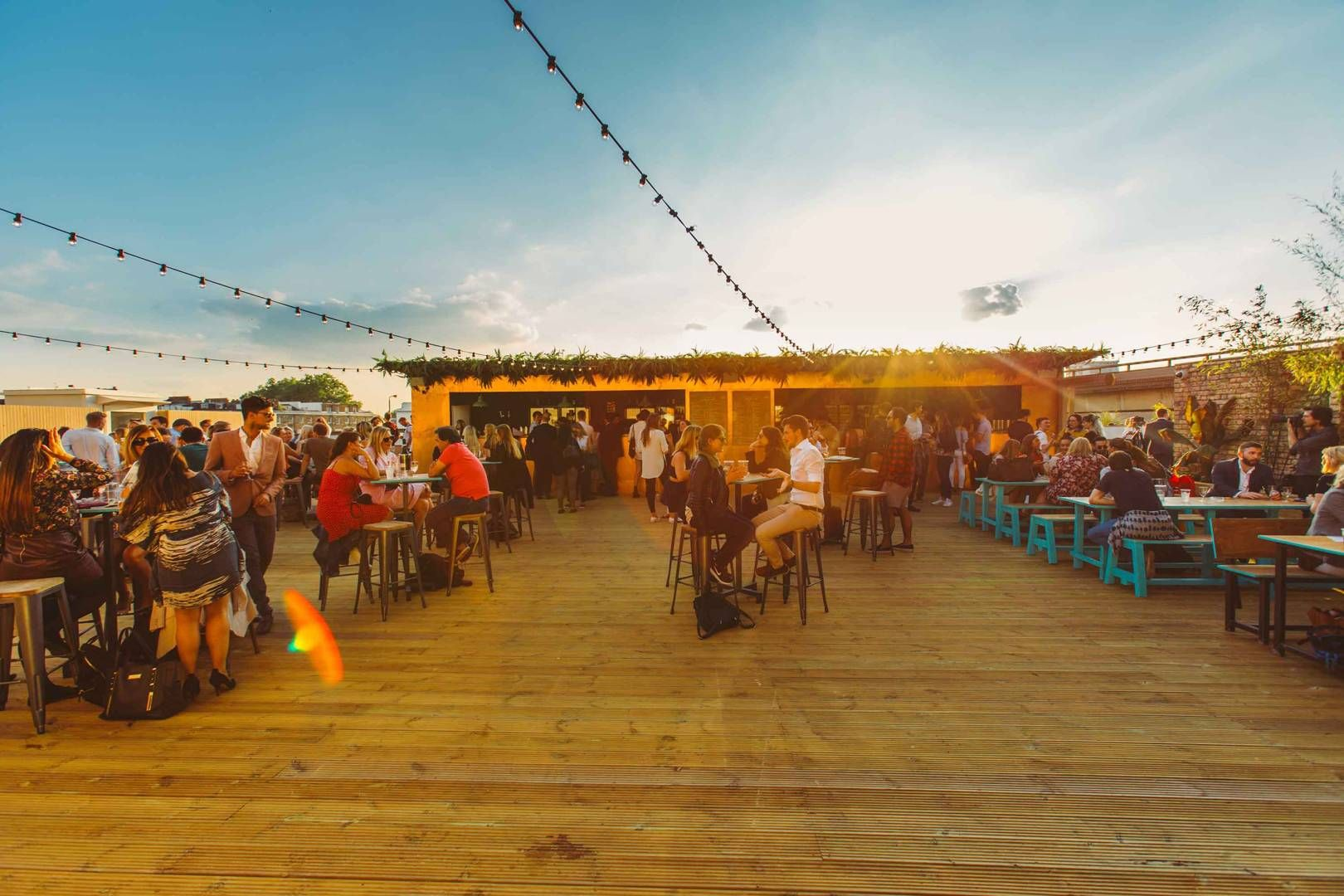 Pergola Paddington Central A Chilled Out Sun Trap In The Middle Of Paddington Pergola On The Roof S Litt Pergola On The Roof London Summer London Rooftop Bar