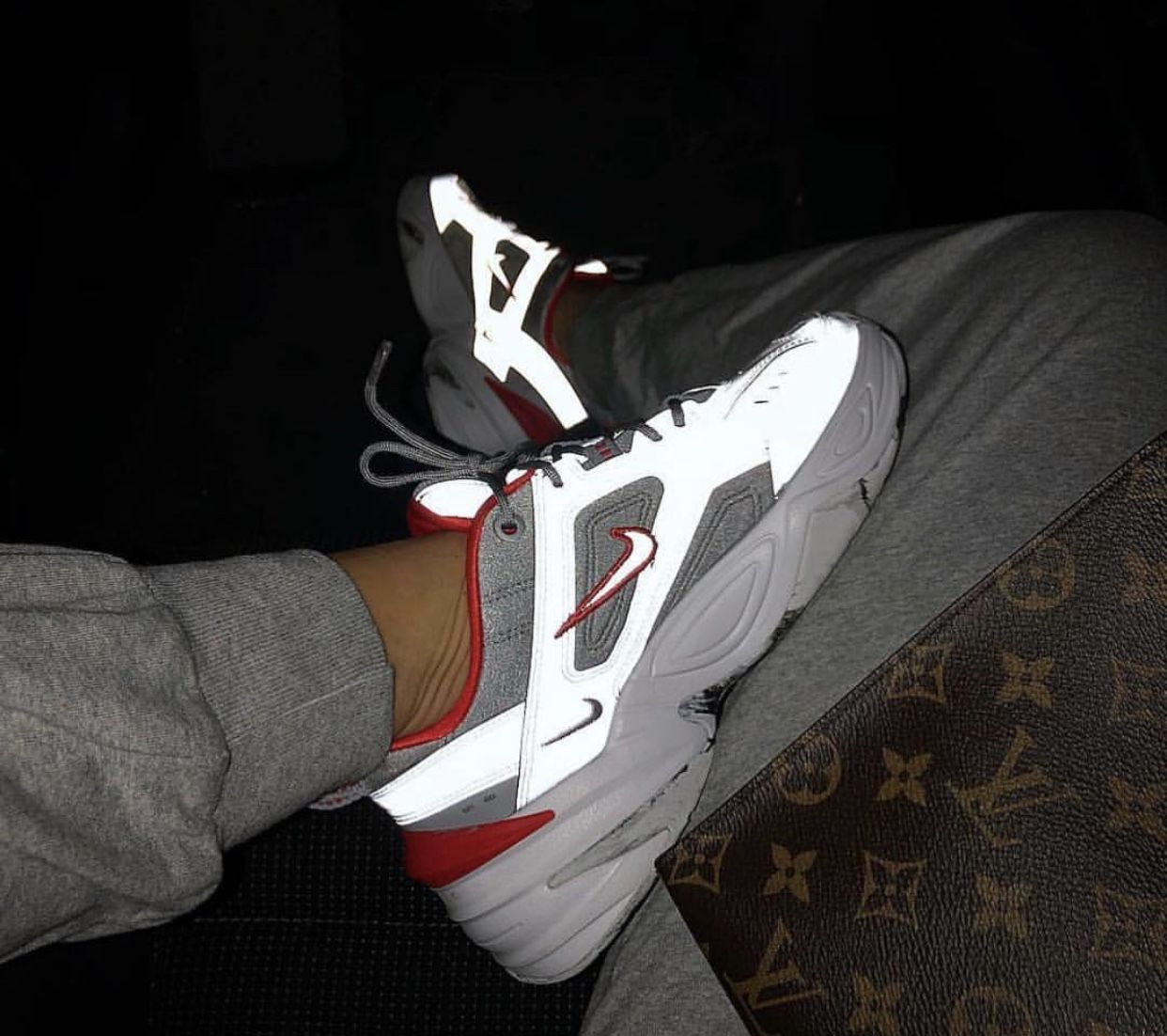 best website 24403 1f4a5 Pin by 𝒔𝒊𝒎𝒊 on shoes in 2019   Zapatos, Zapatos zapatillas, Zapatos  deportivos