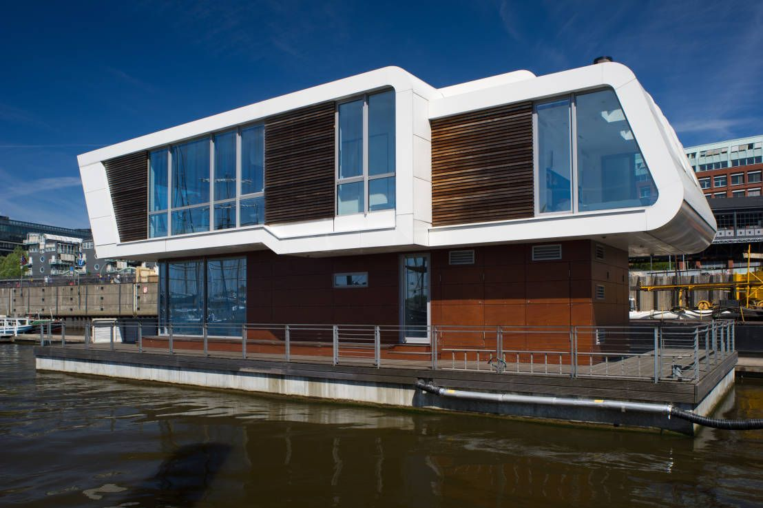 360 floating homes ein leben auf dem wasser hausboote wasserhaus bootshaus und haus. Black Bedroom Furniture Sets. Home Design Ideas