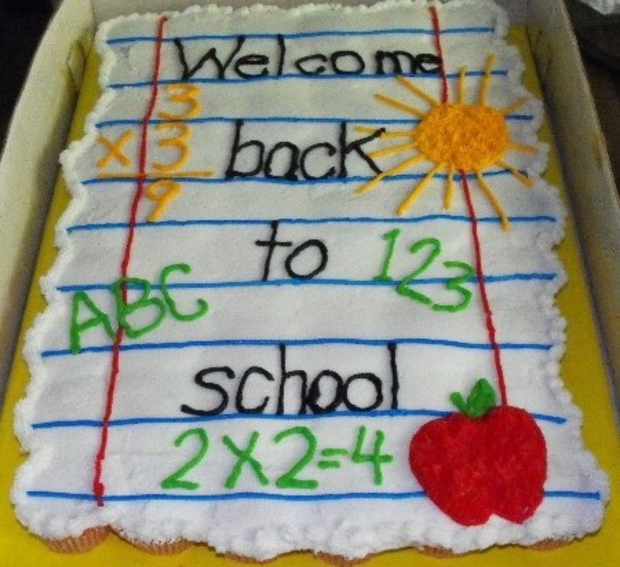Back To School Cupcake Cake With Images School Cupcakes