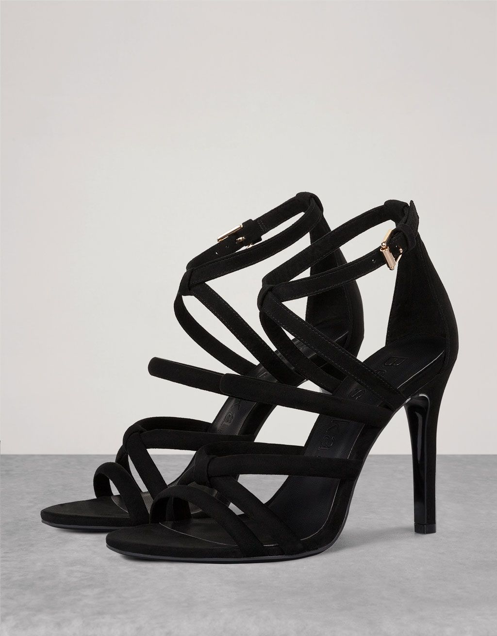 b358f5bc1ba Heeled strappy sandals - View All - Bershka Macedonia