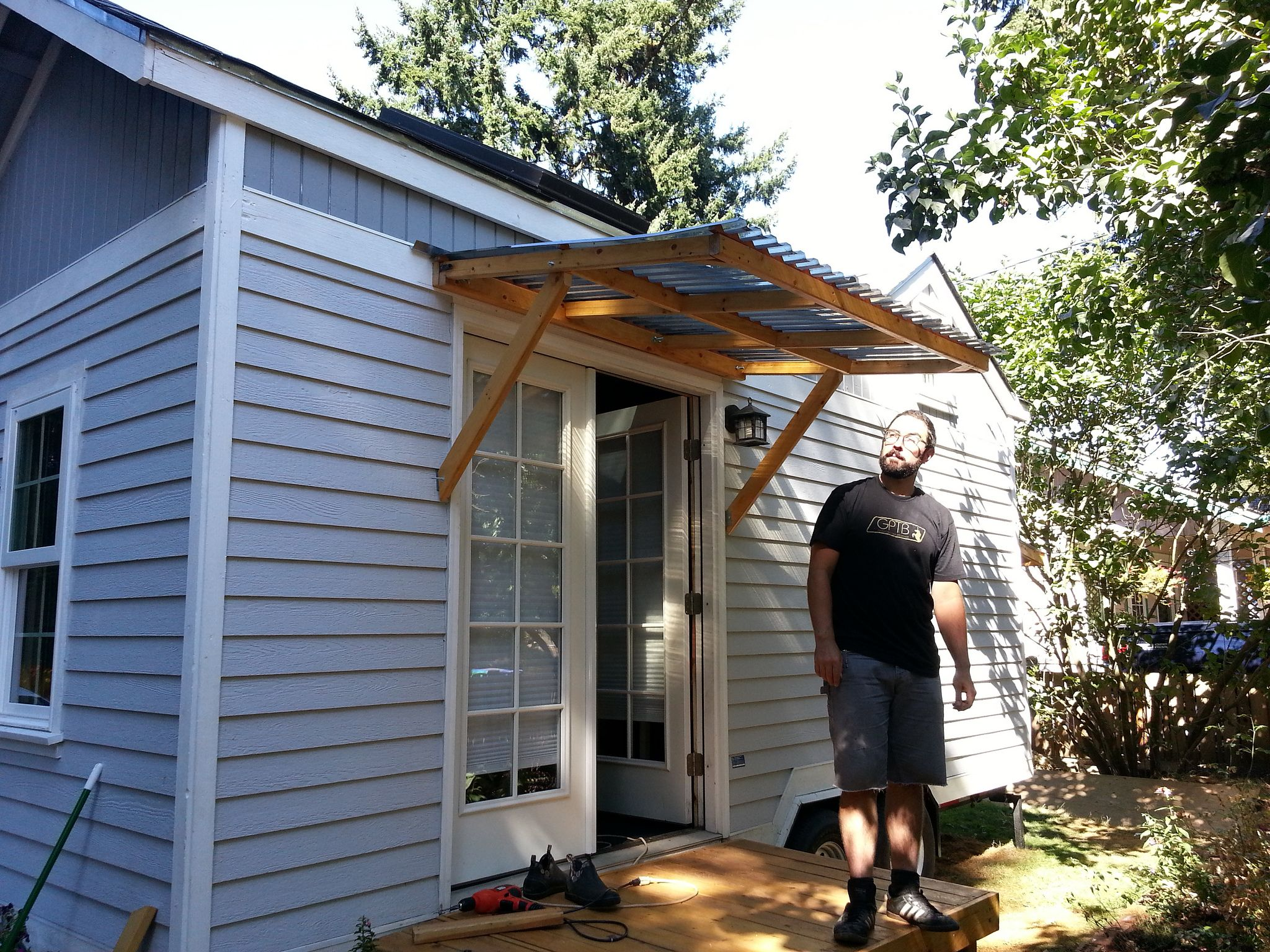 how to build awning over door
