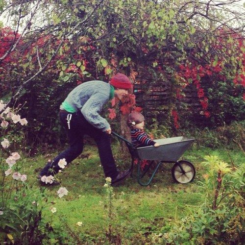 Certifiedcynic Gnossienne No3 Johnny Flynn With His Little Son Johnny Flynn Johnny Cool Eyes