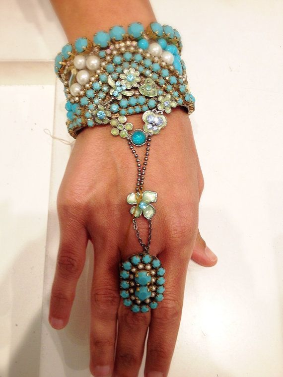 Romantic Tirqipose Bracelet connected to the ring turquoise svarovski rainstone with flowers enamel - hand made. closing gold plated chain. on Etsy, 500.00 ₪