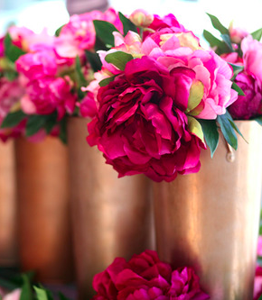 Pin By Tj Leeds On Floral Fun Flowers Fuchsia Flowers Floral Centerpieces