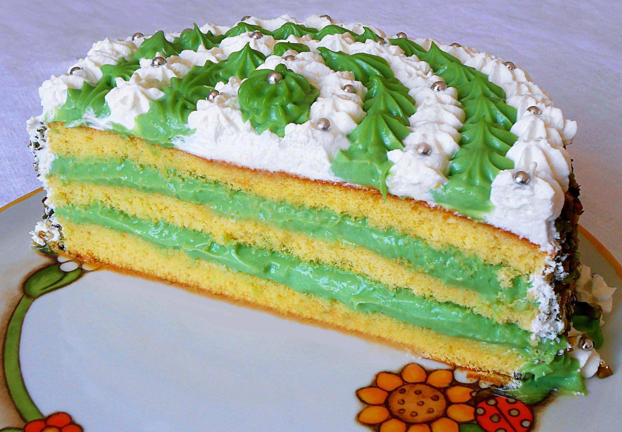 Torta Con Crema Di Pistacchio E Chantilly Torte Farcite E Decorate