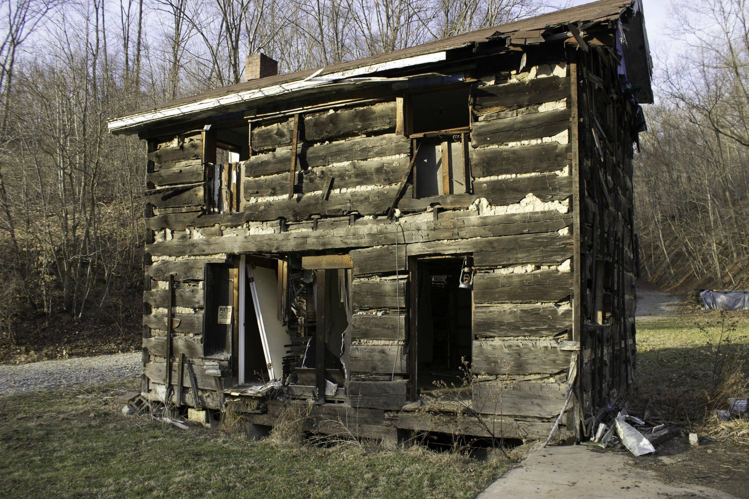 Abandoned Civil War Era House Still Standing In Frazier Pennsylvania Oc 1162x775 Abandoned Civil War Era Abandoned Places