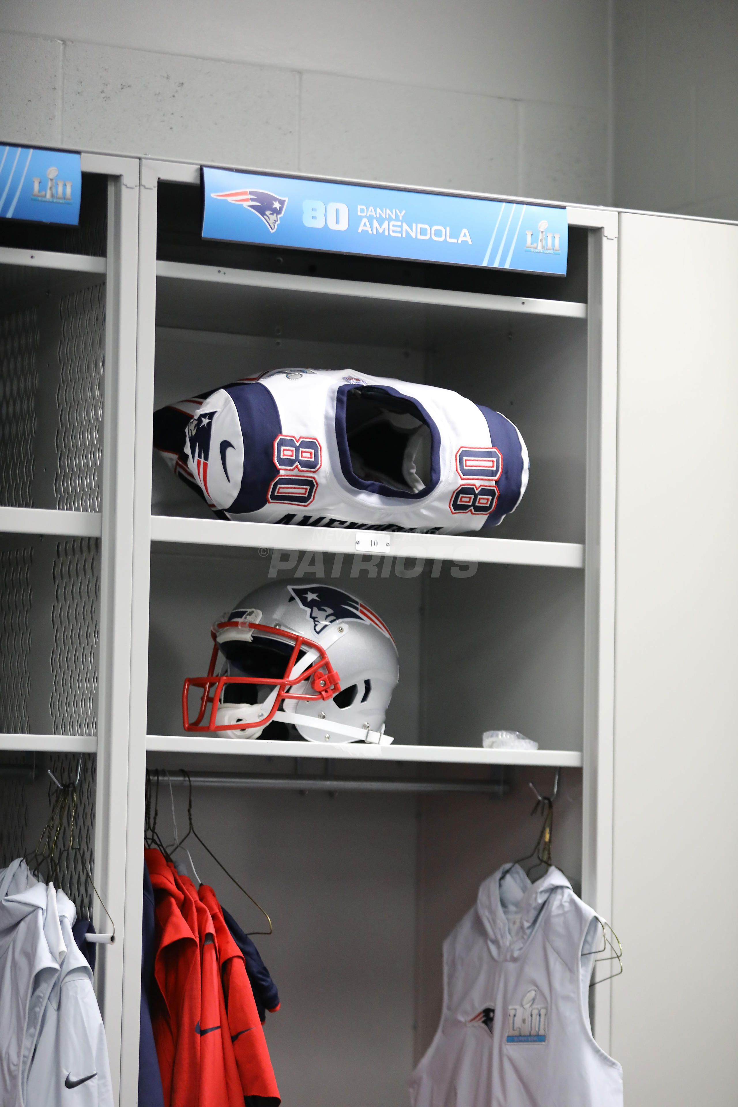 Super Bowl Lii Pregame Inside The Patriots Locker Room Locker Room Lockers Super Bowl