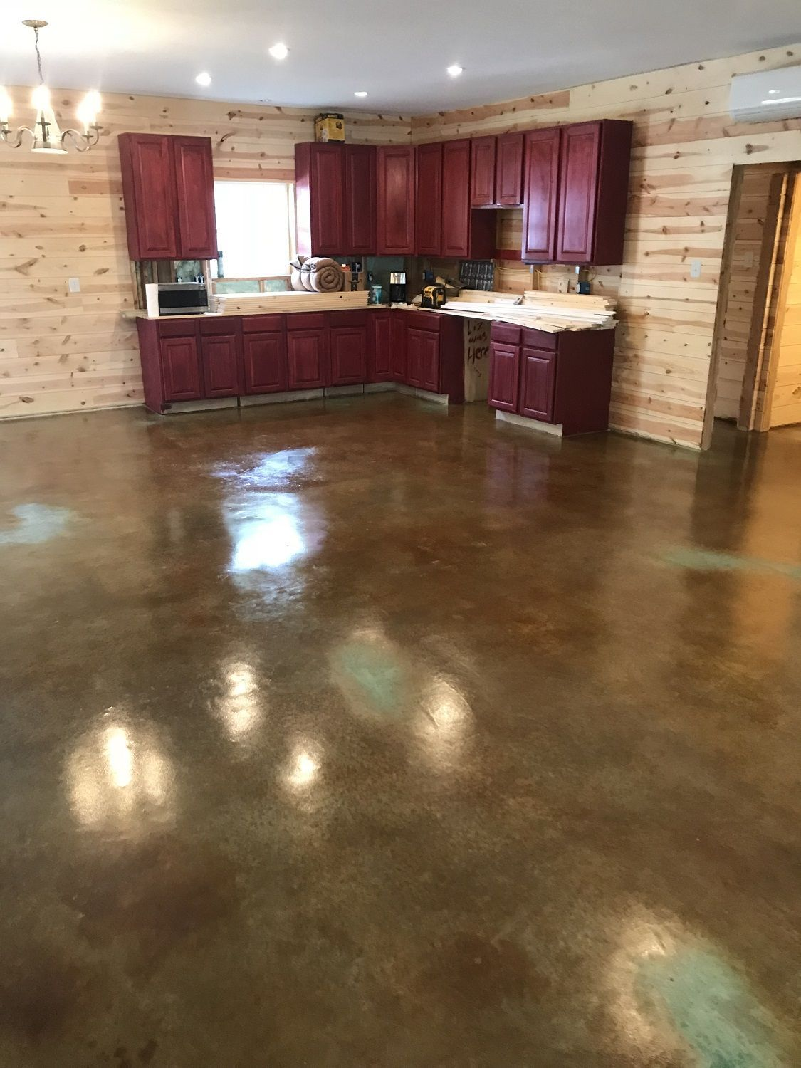 Polyurethane For Concrete Floors High Gloss Water Based And Low Odor Polyurethane Is Perfect For Interior Use And Concrete Floors Flooring Basement Flooring