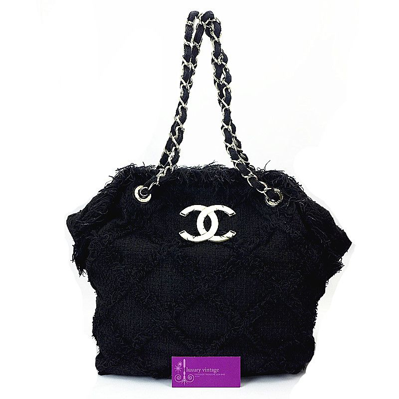 Model Vintage Sling Bag Material Caviar Leather Hardware Silver Color Lime Measurement L 11 X H 10 5 X W Chanel Collection Chanel Brand Sling Bag