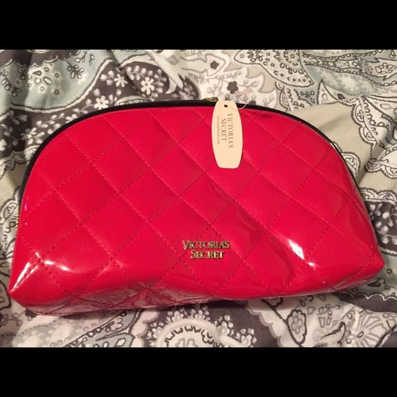 Victoria Secret makeup bag Never used large size Victoria's Secret Bags Cosmetic Bags & Cases