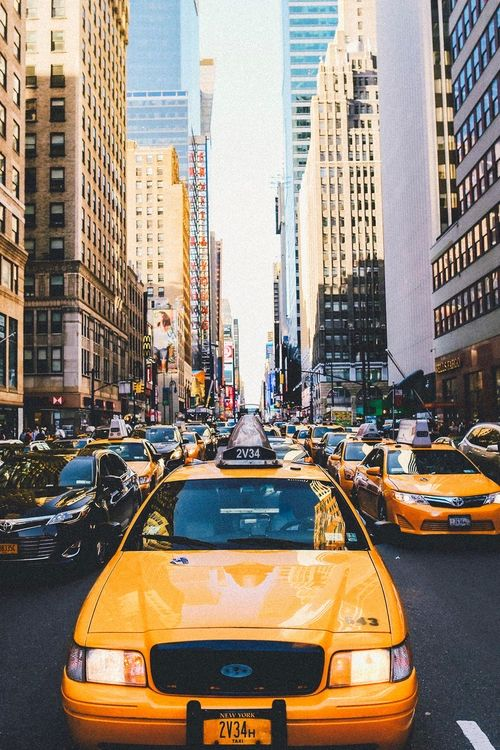 Les Celebres Taxis Jaunes De New York City Nyc Travel