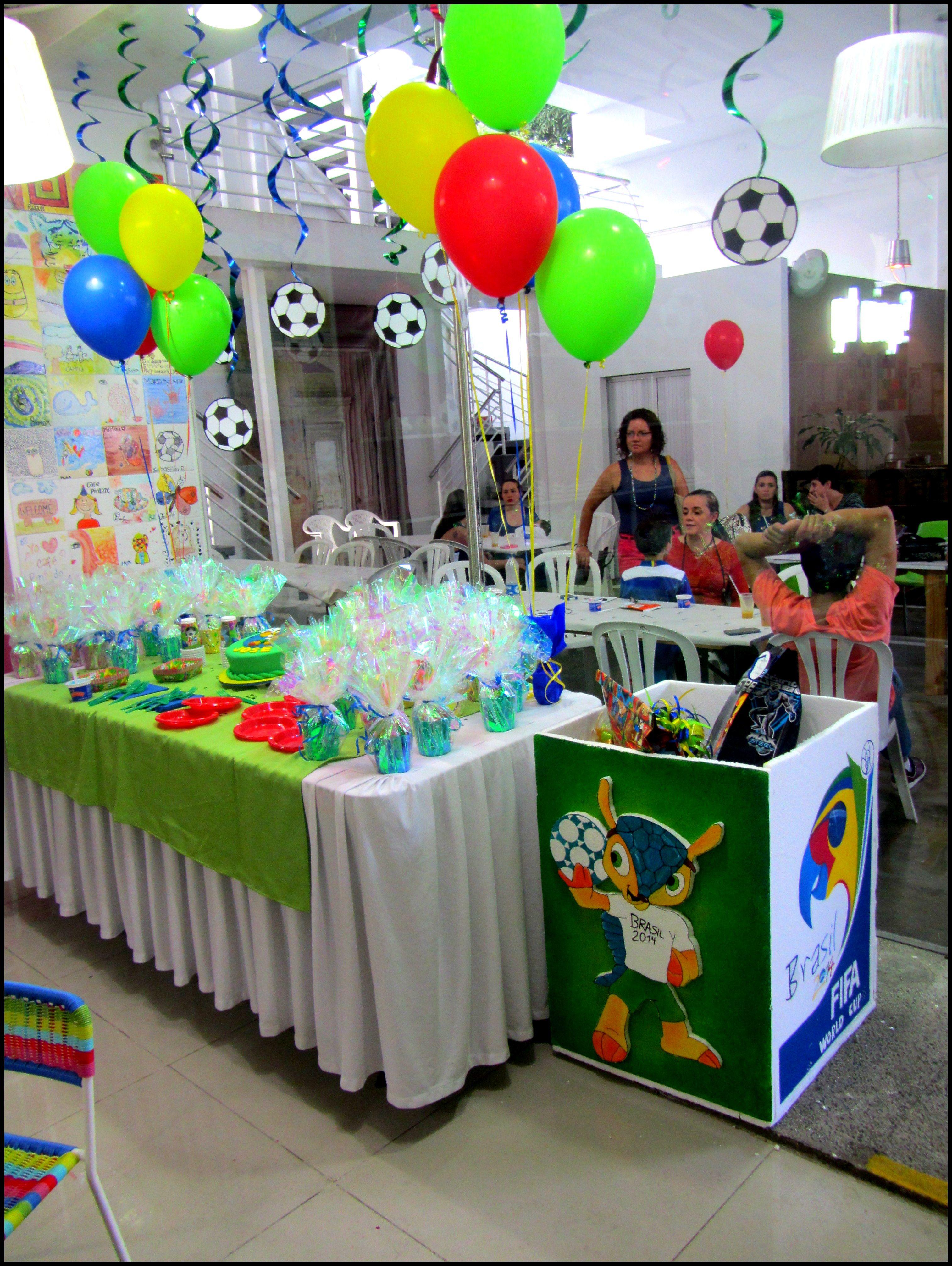 Mundial brasil 2014 party decoration decoraci n mundial for Ideas sobre decoracion