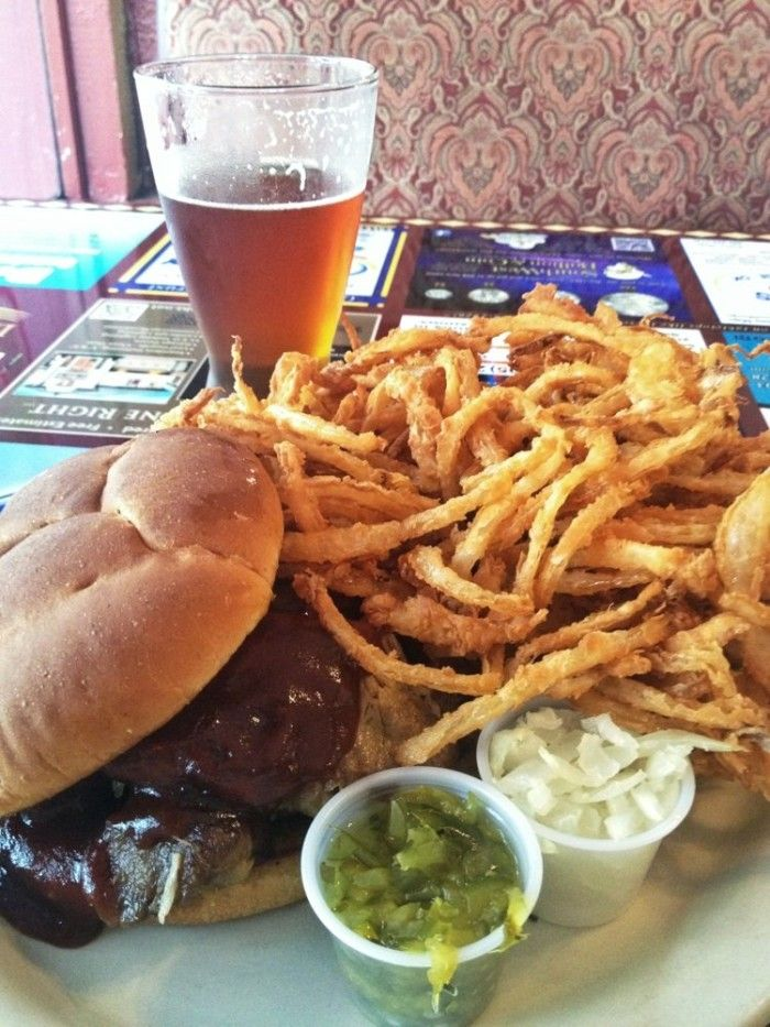 15 Hole In The Wall Restaurants In Oklahoma That Will Blow Your Taste Buds Away Oklahoma Travel Oklahoma Restaurants Oklahoma