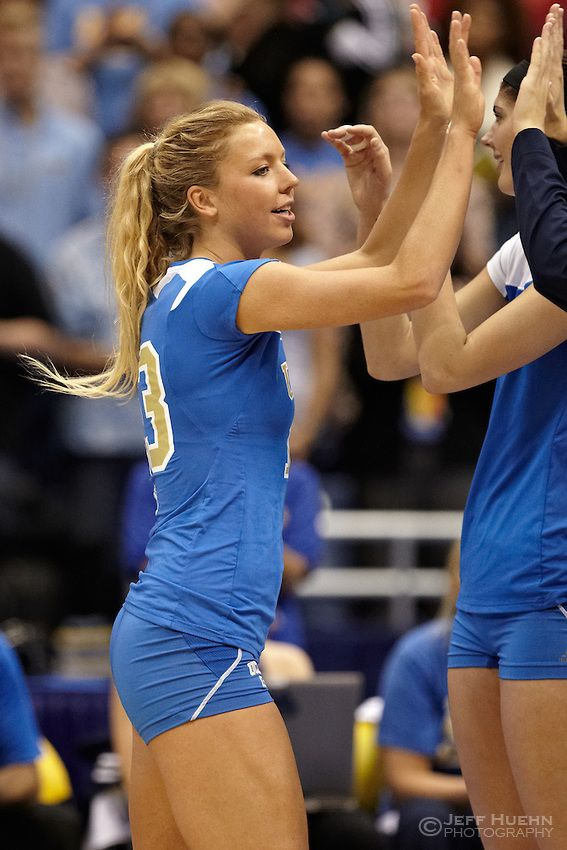 Pin By Madison Burchfield On Sports  Women Volleyball -1656