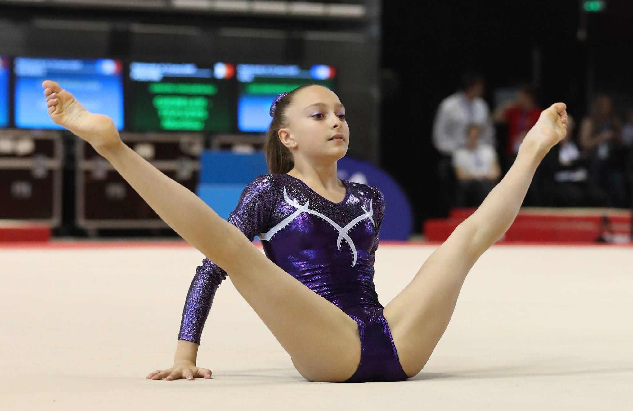 Young teen gymnast gallery #8
