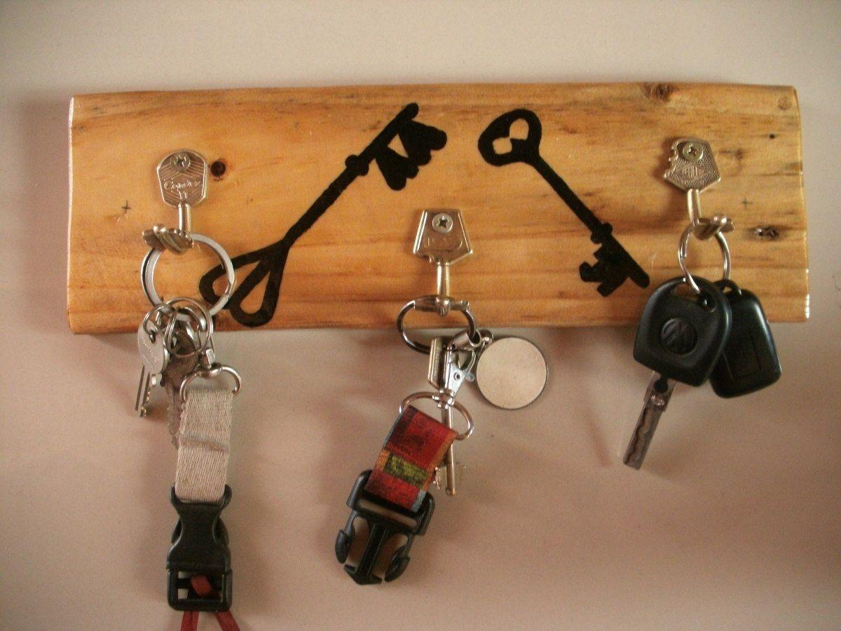 Porta llaves artesanal pallets proyectos pinterest - Llaves de luz rusticas ...