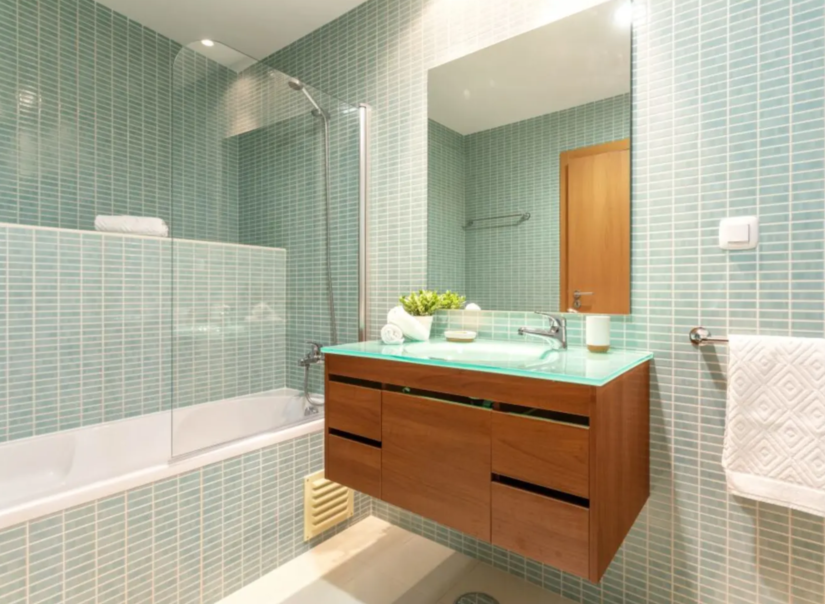 Here Are The Home Trends Reddit Thinks You Ll Regret Home Trends Bathroom Trends Bathroom Design