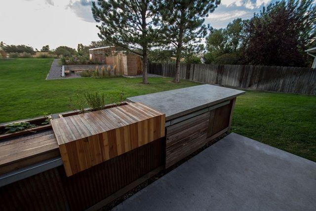Sitzbank für garten-holz beton-mit integriertem-stauraum | Garten ...